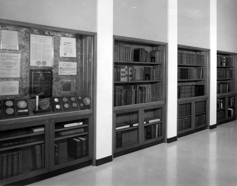 Sarnoff library shelves