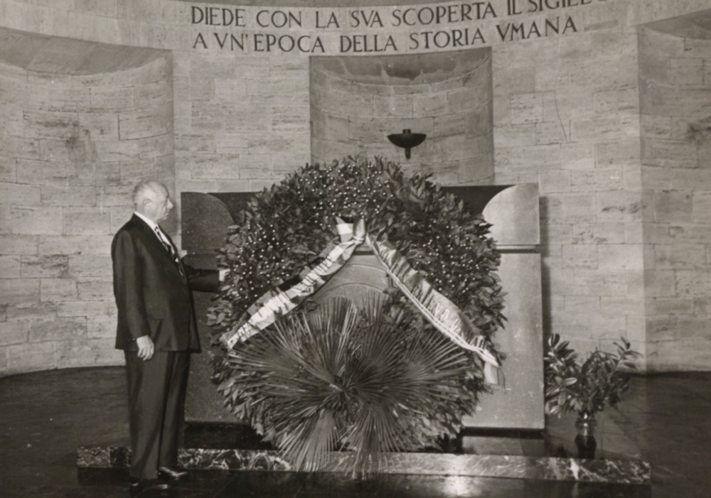 David Sarnoff pays his respects at Guglielmo Marconi's tomb