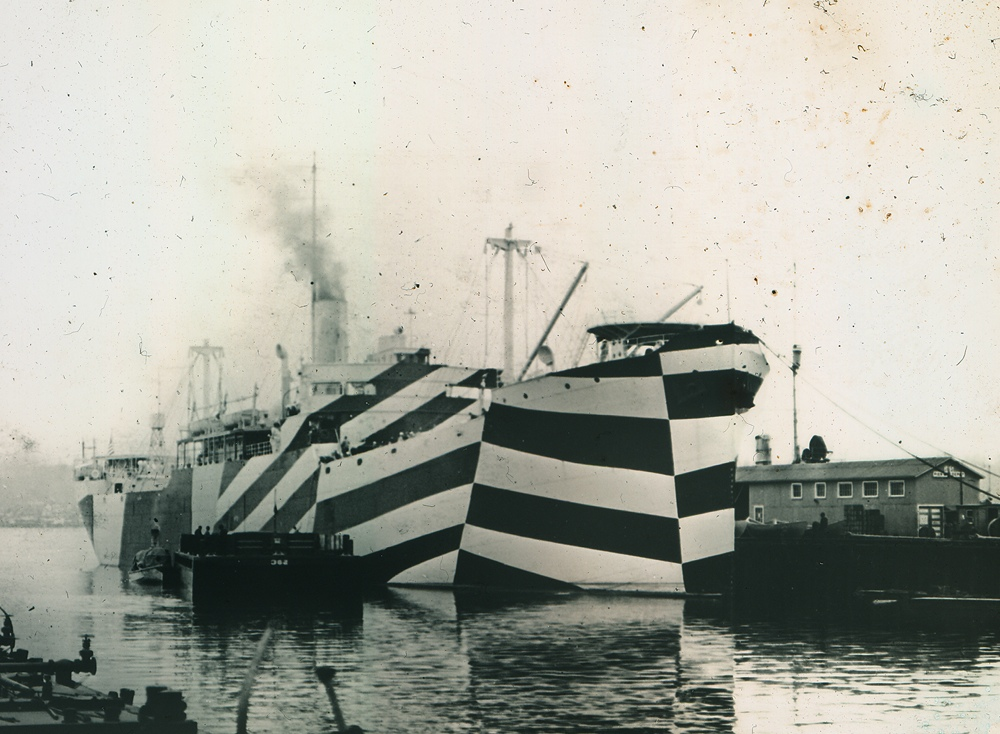 USS West Mahomet painted in Razzle Dazzle camouflage, 1918. Image courtesy of U.S. Navy History and Heritage Command.